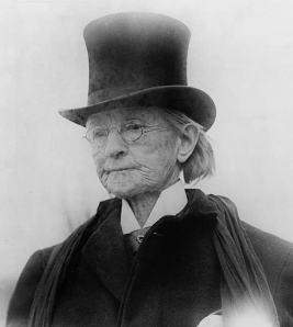 Dr_Mary_Edwards_Walker_man's_top_coat_and_hat_c_1911