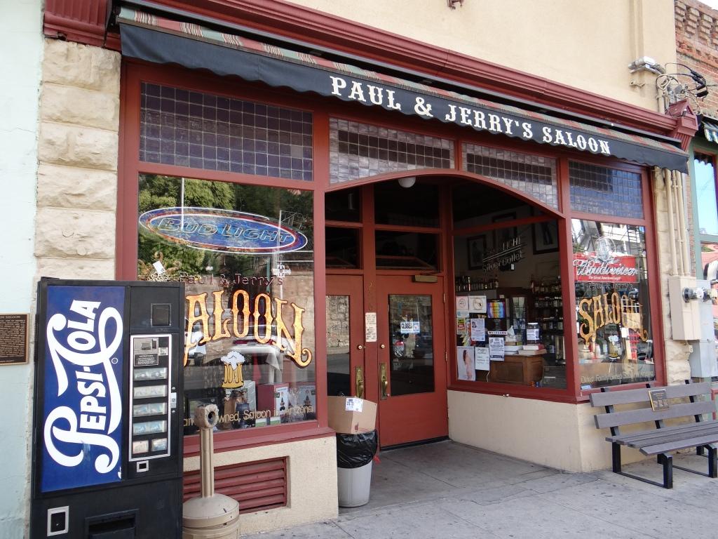 Oldest family run bar in Arizona