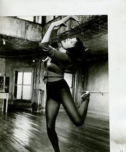 The dance studio, the mirrors work